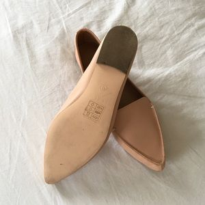 c4a659f29e5 J. Crew Shoes - J. Crew Edie Leather Loafer Flats Warm Beige